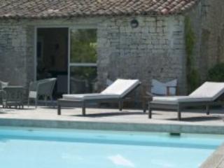 Villa Virginie - La Noue - Ste Marie en Re - Ile d'Oleron vacation rentals