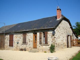French Farm House - Saint-Pardoux-l'Ortigier vacation rentals
