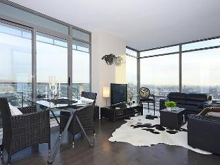 Luxe Yorkville Condo 2 Bdrm at Yonge & Bloor St - Markham vacation rentals