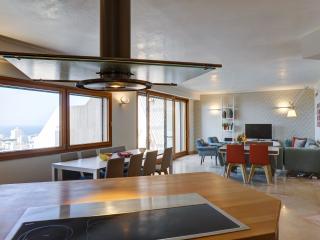 Stunning 3 Bedroom with Breathtaking View - Tel Aviv vacation rentals