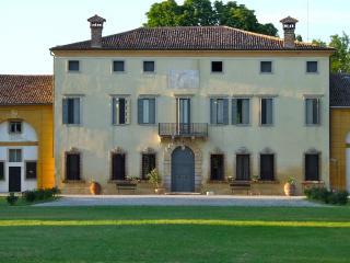 Villa Veneta - Verona - Villa Bartolomea vacation rentals