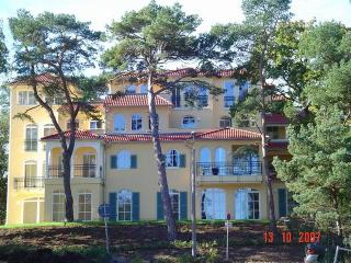 Two bed appartment at the beach of the baltic sea. - Ostseebad Baabe vacation rentals