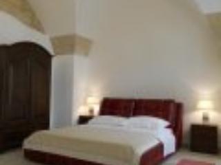 La Bella Lecce: Santa Croce - Castromediano vacation rentals