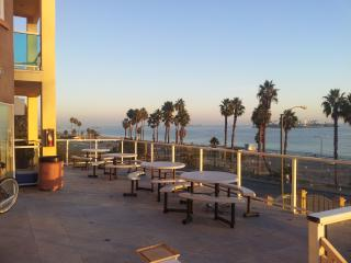 Oceanfront Studio - Long Beach vacation rentals