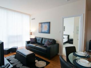 2 Bedroom Furnished Suite, Square One, Mississauga - Mississauga vacation rentals