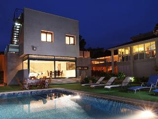 Modern Alcanada Golf - Sa Pobla vacation rentals
