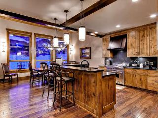 Retreat at Lewis Ranch - ski access, free shuttle - Copper Mountain vacation rentals
