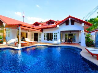 Grand Condo Jasmine pool Villa - Pattaya vacation rentals