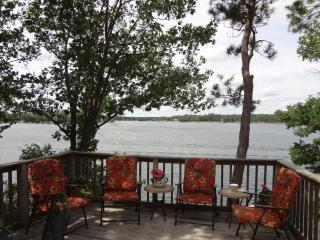 Amazing Views and Sandy Beach for you to enjoy - Green Lake vacation rentals