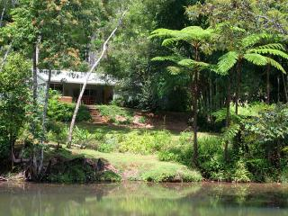 The Pond Cottage Bed and Breakfast - Ravenshoe vacation rentals