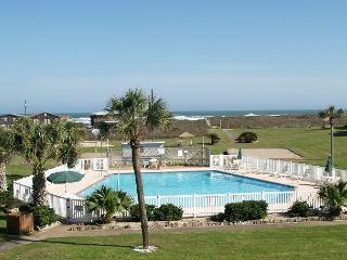 Affordable efficiency condo complete with a pool and beach access! - Port Aransas vacation rentals