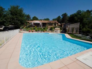 Villa Victoria,  Aix en Provence,  heated pool - Greasque vacation rentals