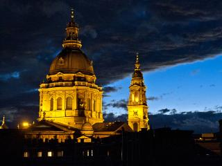 HOSTEL PRICE FOR A WHOLE TOP FLOOR STUDIO - Budapest & Central Danube Region vacation rentals