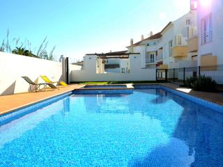 CASINHA DO SURF BALEAL - Baleal vacation rentals