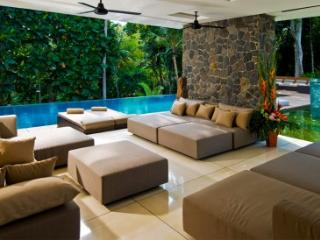 Luxury 5 bedroom in Canggu - Villa Niloufar - Tabanan vacation rentals
