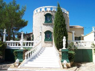 Villa Romantique-private pool, garden and parking - Aix-en-Provence vacation rentals