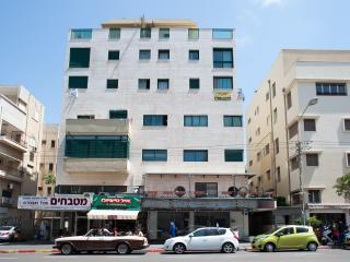 3 Bedrooms penthouse 122 Ben Yehuda str. Apartment #25 - Tel Aviv vacation rentals