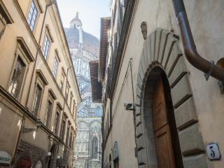 Fantastic Rental at Duomo in Florence - Florence vacation rentals