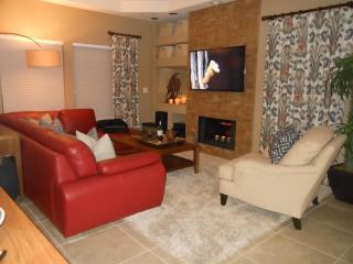 Designer Condo - Prime North Scottsdale Golfing - Scottsdale vacation rentals
