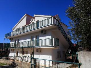 Apartment Granda A - Vinisce vacation rentals