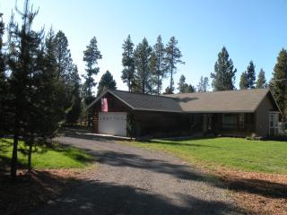 Cozy Cabin LaPine - La Pine vacation rentals