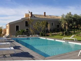 KENTORIPA: villa with private pool, histor - Centuripe vacation rentals
