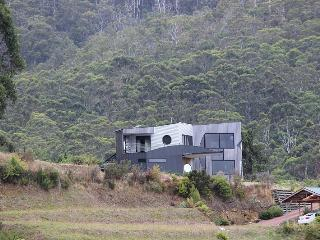 Quarry Hill Lookout A luxurious,  property located in Dover in Tasmania's Far South - Lunawanna vacation rentals