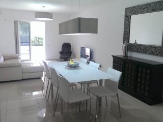 luxuries, central ,sleeps 4 - Sliema vacation rentals