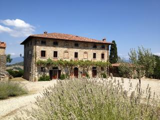 Palazzo Prugnoli, Villa in Umbria, Sleeps 18, Pool - Perugia vacation rentals