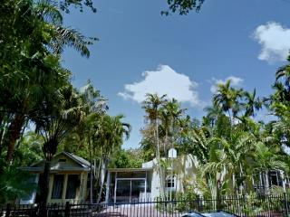 12P*Reunions*Large&Charming Property/Coconut Grove - Florida South Atlantic Coast vacation rentals