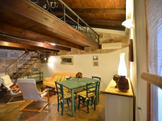 Great location in OldTown closewalk to sea Alghero - Sardinia vacation rentals