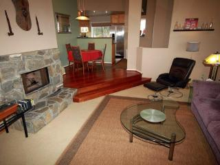 Penthouse Near Sea World - Pacific Beach vacation rentals