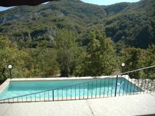 Rustic mountain home, ideal for families (6-7 ppl) - Serramazzoni vacation rentals