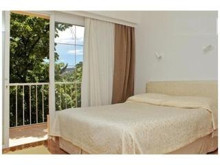 Sunny apartment perfectly located between city and - Split-Dalmatia County vacation rentals