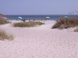 Hilton Head Beach, Golf, Tennis, A Beautiful Villa - Hilton Head vacation rentals
