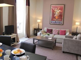 Marais Exclusive - Place des Vosges 1 bedroom apartment - Barcelona vacation rentals