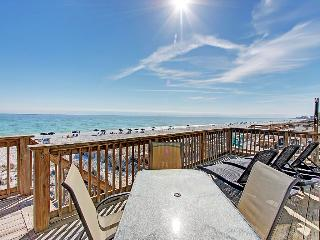 Good Day Sunshine - AVAIL 8/8-8/15**5BR/5BA Beach FRONT. Beach Setups for 2-Crystal - Destin vacation rentals