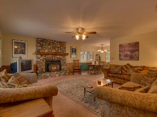 A short walk away from Lake Tahoe with hot tub and pool table - Trout Creek Retreat - South Lake Tahoe vacation rentals