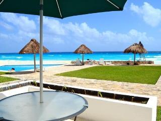 OCEAN DREAM STUDIO PB11 - Cancun vacation rentals