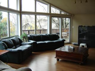 Top Of Blue Mountain Large Chalet - Blue Mountains vacation rentals