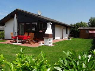 Vacation Home in Butjadingen - beautiful, spacious, new (# 4644) - Tossens vacation rentals