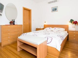 Modern and comfort room/Orasac - Trsteno vacation rentals