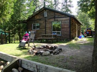 Beachview- Waters edge cottage - Callander vacation rentals