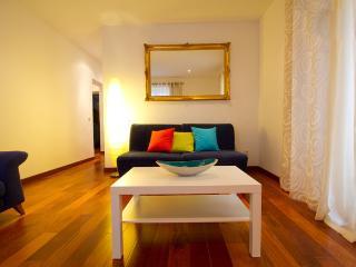 Historic Centre of Madrid - Exterior Sol with Three Balconies - San Sebastian de los Reyes vacation rentals