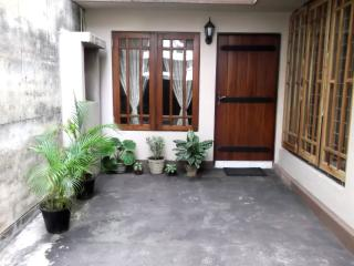 Luxury Furnished A/C Bedroom with attached Bathroom and Pantry - Panadura vacation rentals