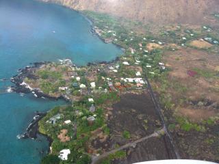 Manini Mermaids Kealakekua Bay Beach House - Captain Cook vacation rentals