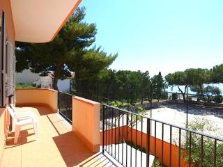 Case Vacanza Alega Mare - 3 Bedrooms Apartment - Nizza di Sicilia vacation rentals