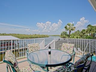 Bonita Beach / Lovely Walk-to-Beach Bay view home - Naples vacation rentals