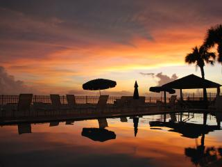 Vacation in Paradise... 'Living the Dream' - Madeira Beach vacation rentals