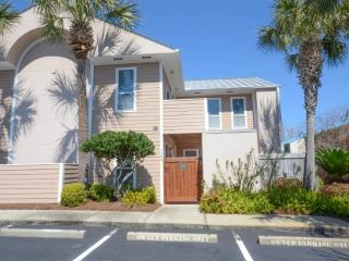 """Beach Pointe  #1104 in Destin Florida Sleeps 6"""" - Destin vacation rentals"""